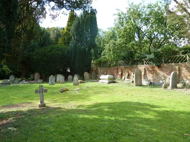 Whitchurch-All Hallows: churchyard (5)