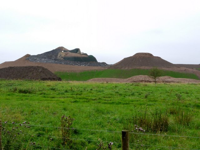 'Northumberlandia' (under construction)