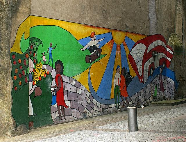 Mural, St Martins Walk, Wood Green