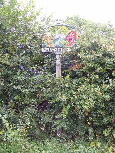 Moneyden Village Sign