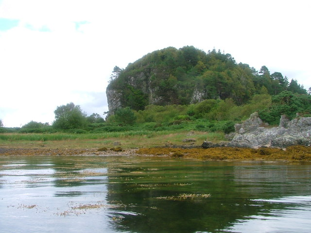 Coastline at Rubha Clach Tholl