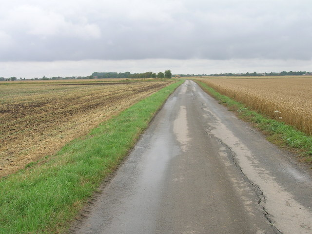 Church Lane towards Little Reedness
