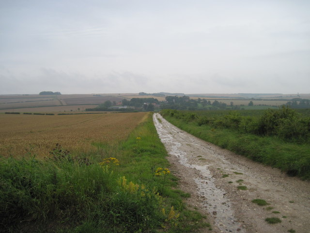 Broad  Balk  toward  Wharram  le  Street