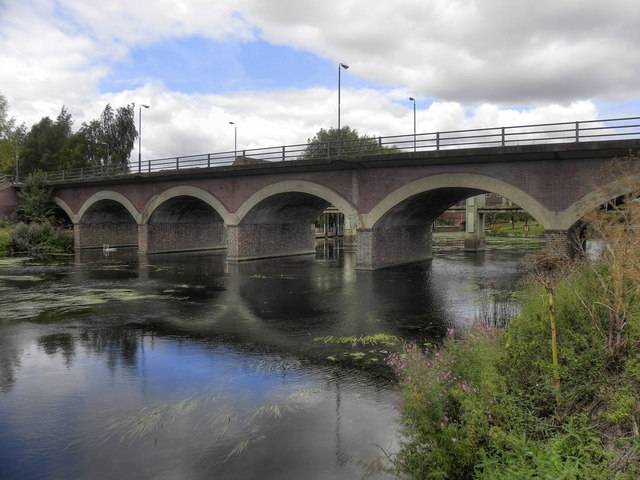 River Avon, Seven Meadows Road Bridge