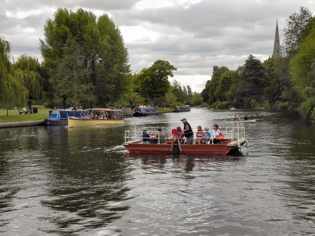 River Avon, Chain Ferry at Stratford