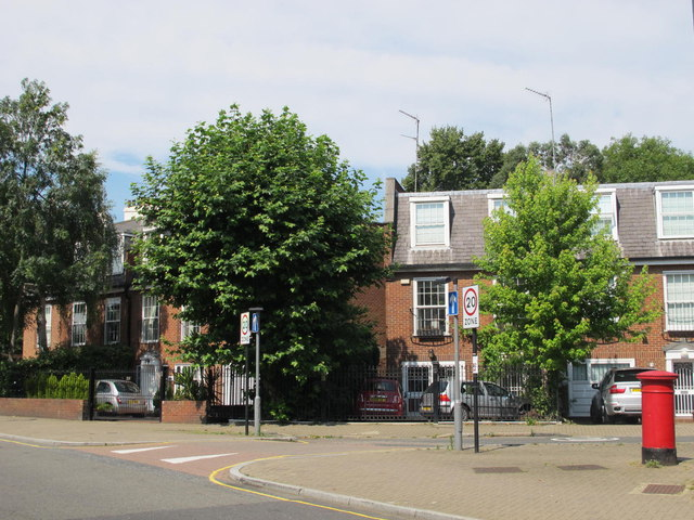 Belsize Road / Priory Terrace, NW6 (2)