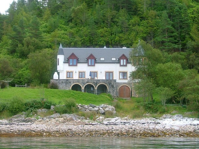 Hotel, Port Appin