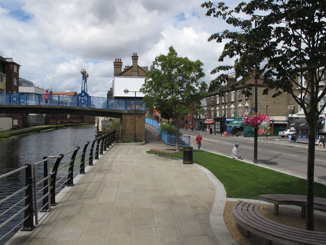 Canalside open space by Orpheus House, Harrow Road