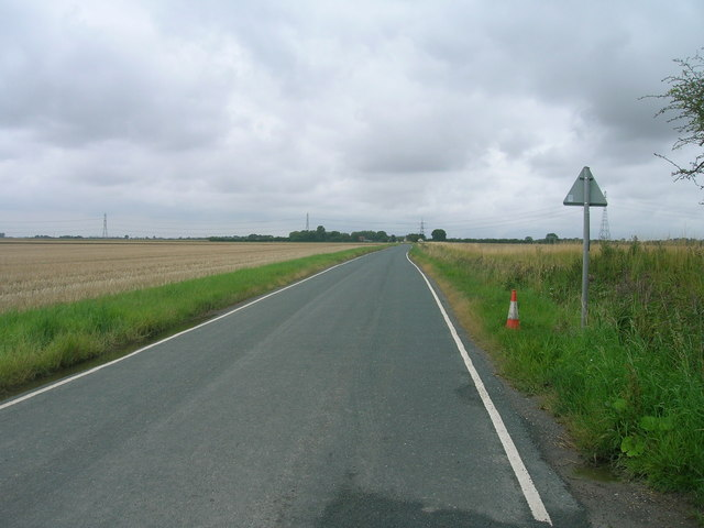 Minor road towards Ousefleet