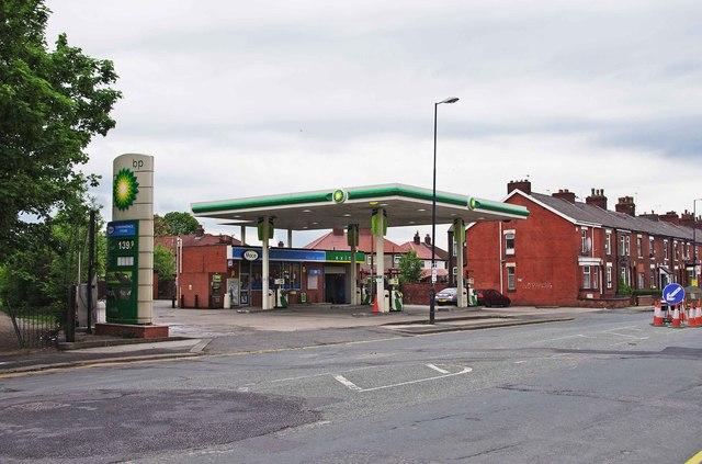Bancroft Service Station, 17 Droylsden Road, Droylsden