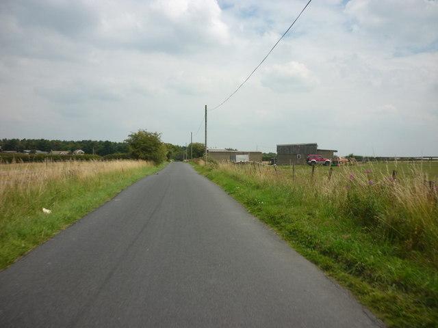 Looking east along Bramhope Old Lane