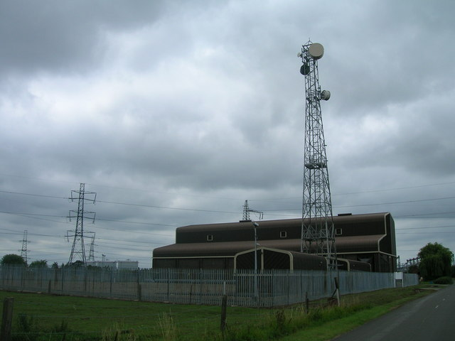 Communications mast off Chapel Lane