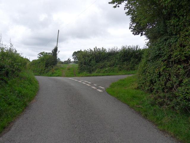 Tyn-Y-Ffordd road