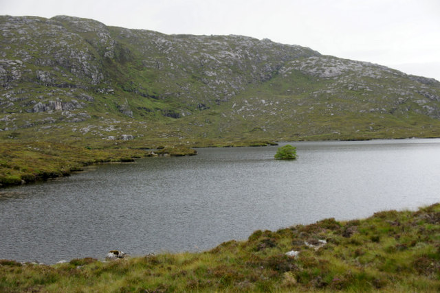 The southernmost of the Lochs of Laxdale (Lochannan Lacasdail)