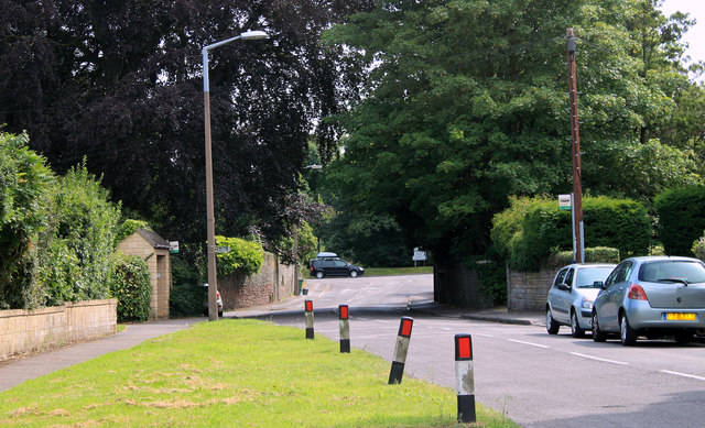 2011 : Looking south on Beckspool Road, Frenchay