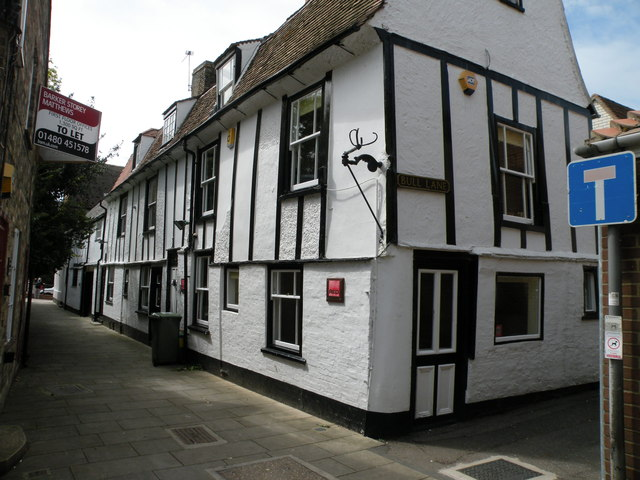 Cottages in Free Church Passage