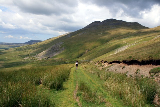 The path to Arenig Fawr