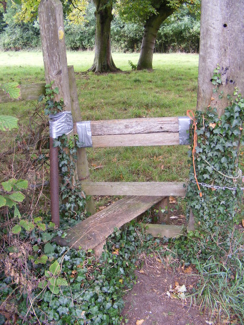 Stile of the footpath to Brandeston Road