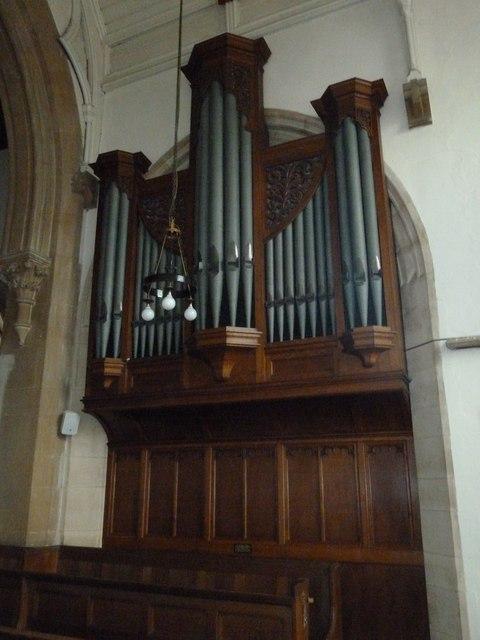 Whitchurch-All Hallows: organ