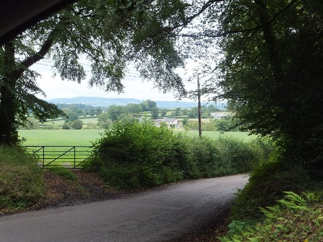 Farmland north of Holly Ball Cross
