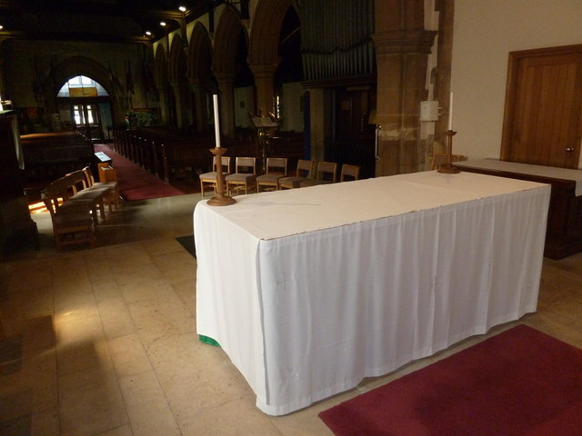 St. John the Baptist, Crawley: The Lord's Table