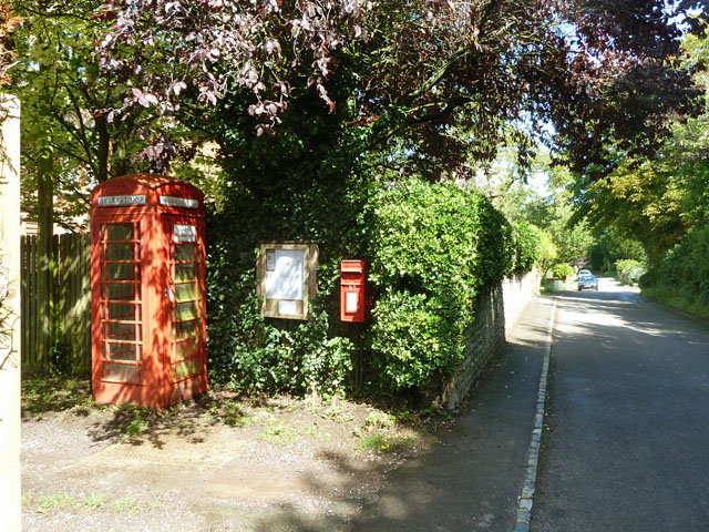Post box and telephone booth, Litlington