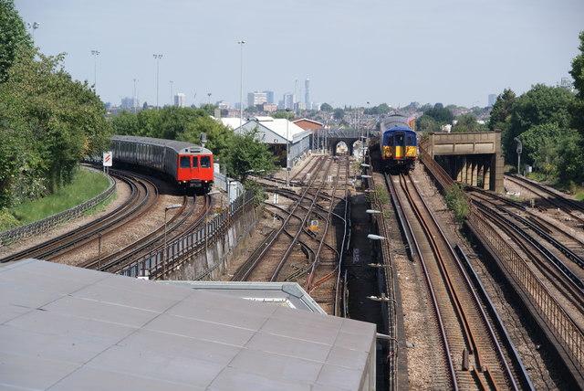 Converging rail tracks near Wimbledon