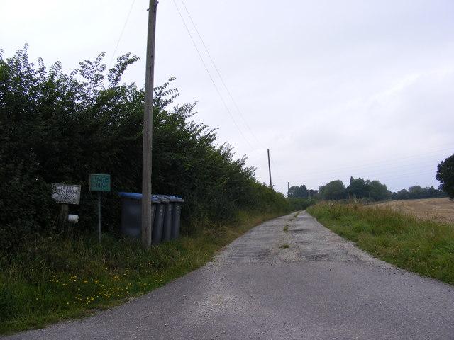 The Entrance to Sparks Barn, Sparks Farm & Old Swan House