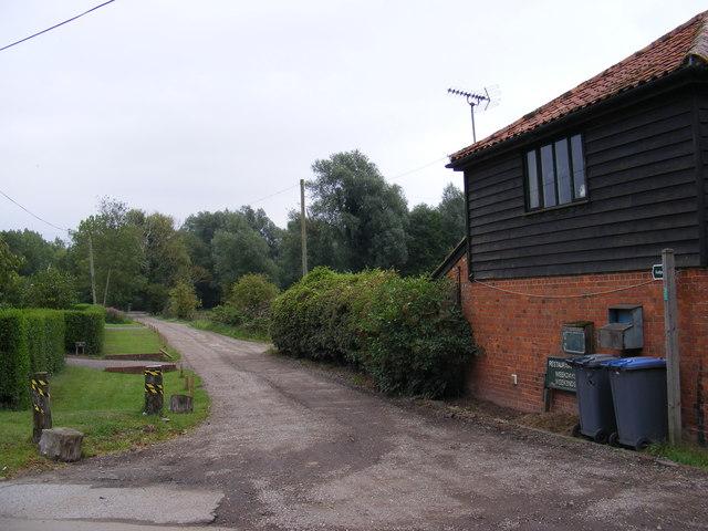 Footpath to Grove Farm & Low Lane