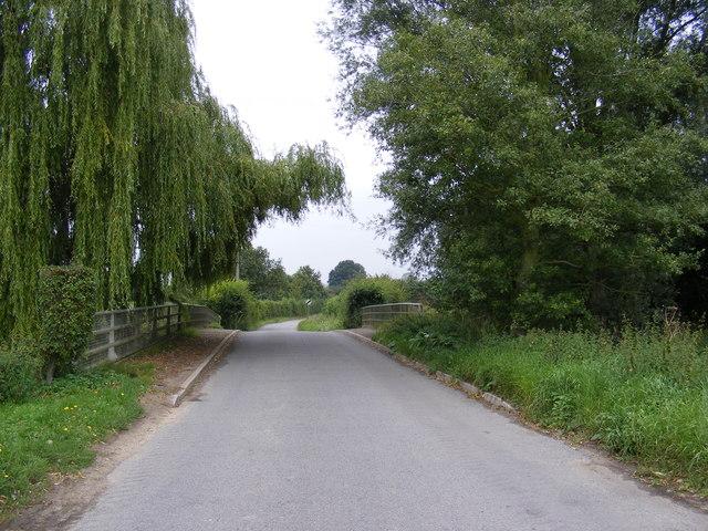 Bridge over the River Deben  in The Street, Cretingham