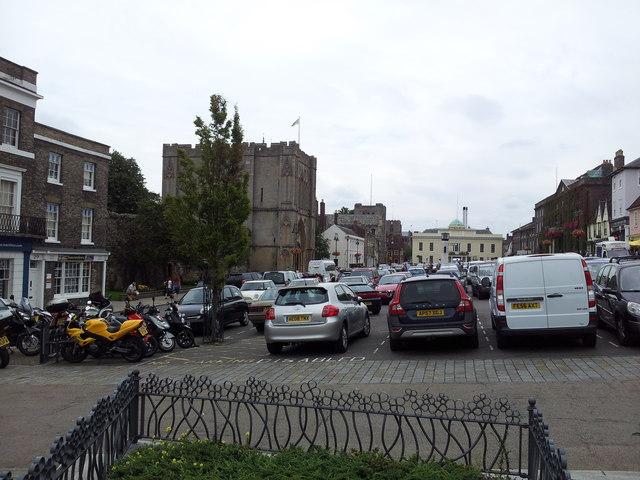 Bury St Edmunds Abbey gate & car park