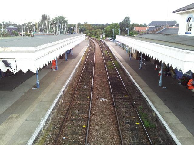 Rail tracks at Woodbridge Station