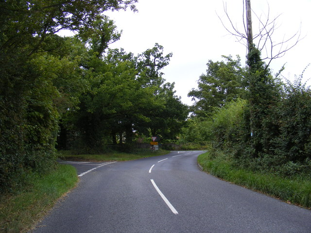 B1079 approaching the junction with B1077