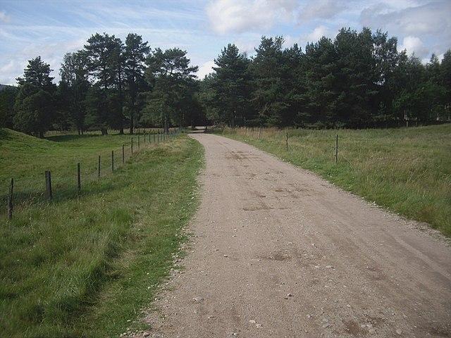 Track from Dalbreak to Cuttieshillock