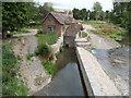 SO4876 : Part of the weir at Bromfield on the River Teme by Jeremy Bolwell