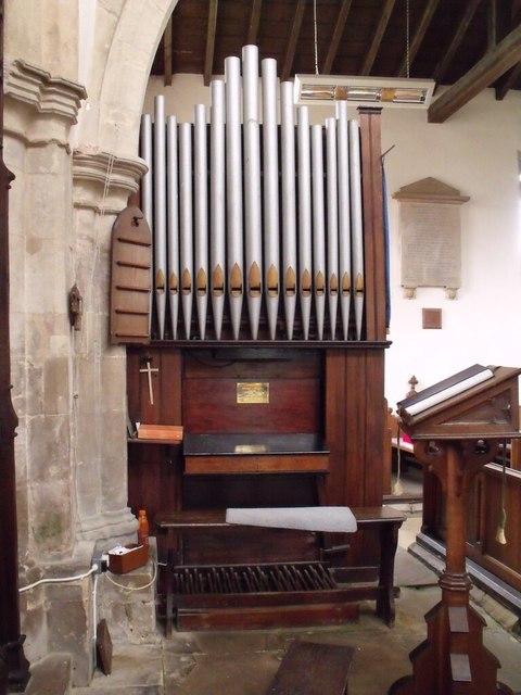 Organ at St Thomas Martyr's Church
