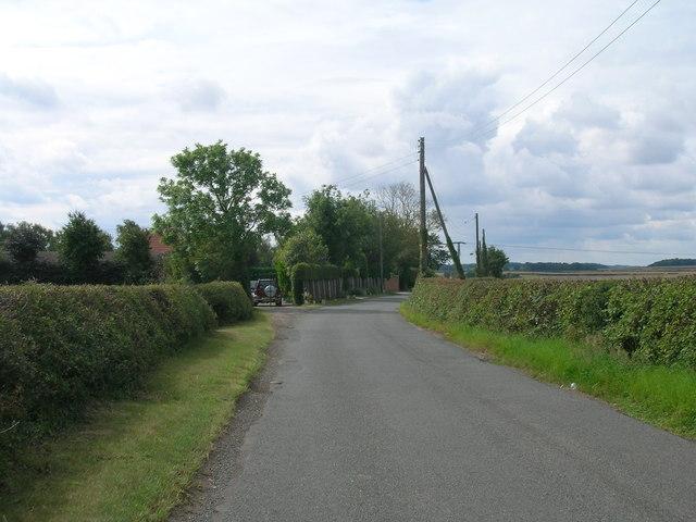 Gildingwells Road heading south