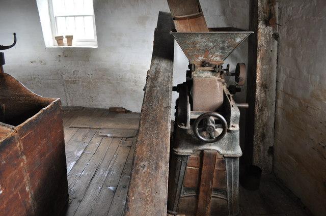 Buttrum's Mill - Roller