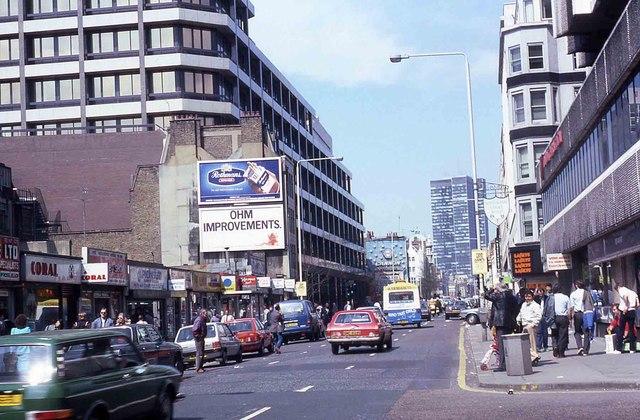 Tottenham Court Road in 1986