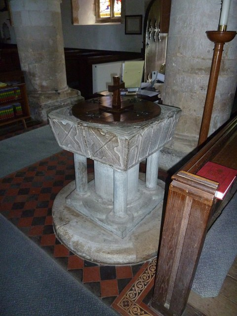St Peter, Goodworth Clatford: font