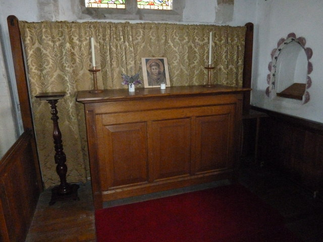 St Peter, Goodworth Clatford: devotional area