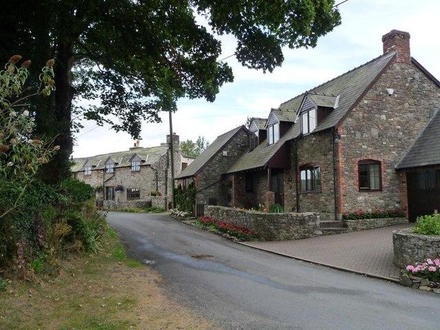 Houses in Wentnor