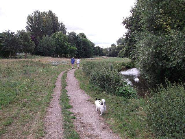 London Loop beside the River Cray