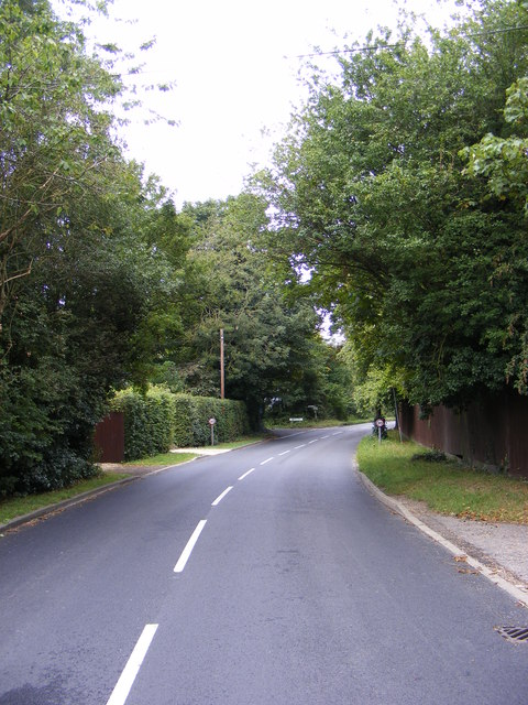 The B1079 looking towards Ipswich Road