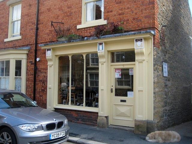 Antique shop, No 5, West End