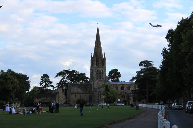 Witney church green and RAF C-17
