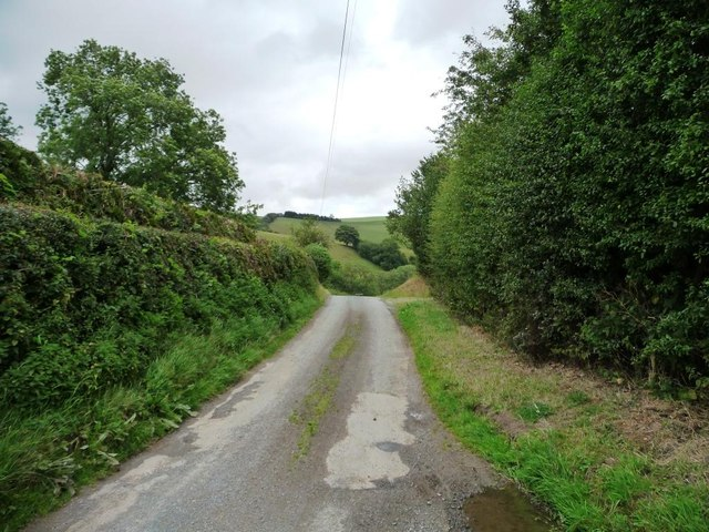 The lane north out of Hobarris