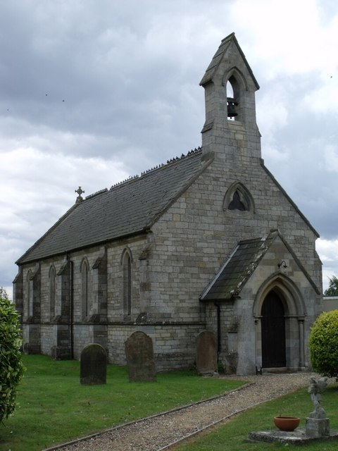 Holy Cross Church, Kirkby Green
