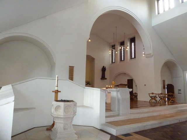 Inside the Friary Church of St Francis and St Anthony, Crawley (a)