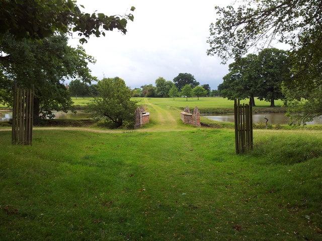 Footpath through Helmingham Park